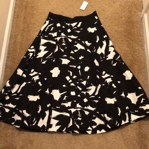 Banana Republic T-Length Skirt